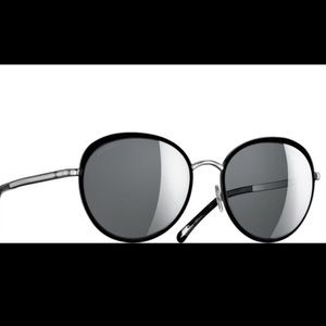 Chanel Black Mirrored Sunglasses